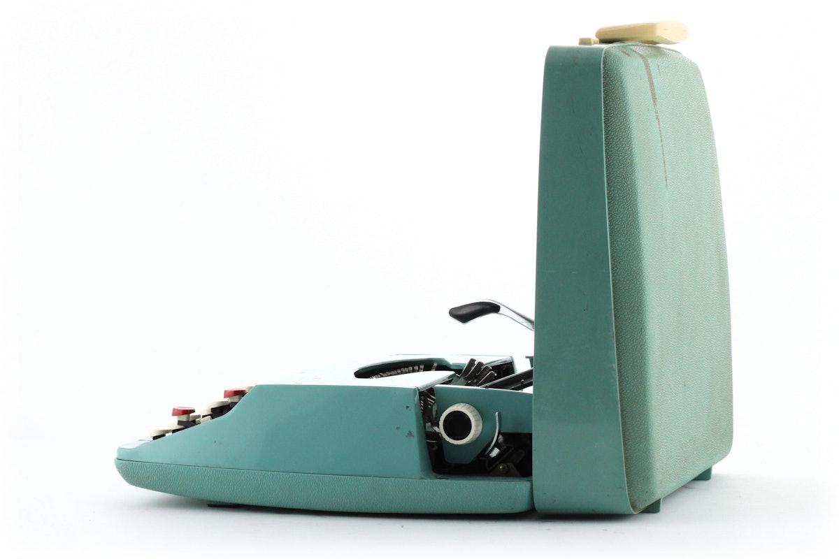 Smith-Corona Cougar Typewriter