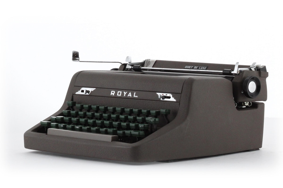 Royal Quiet Deluxe Portable Typewriter