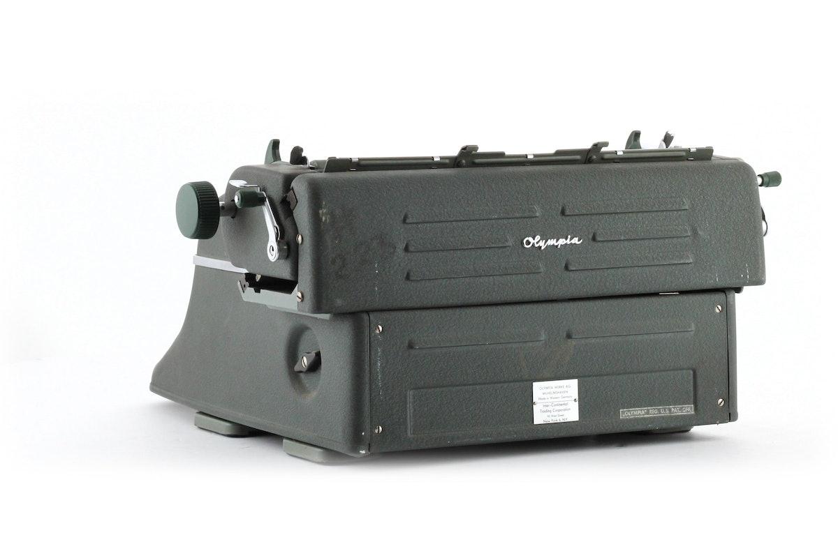 Olympia SG1 Typewriter